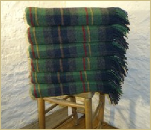 Cotswold Woollen Weavers' Oxfordshire Check Throw in Lambswool Merino