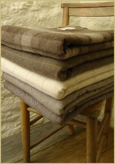 Cotswold Woollen Weavers' Natural Merino Lambswool throws