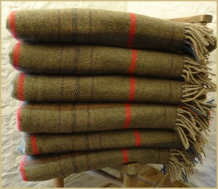 Cotswold Woollen Weavers' Gloucestershire Check Lambwool Merino Throw