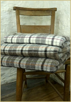 Cotswold Woollen Weavers' Shetland Windowpane Check Throws